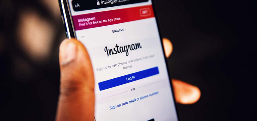 Use Instagrams Free Tools